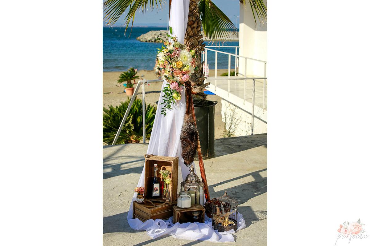 Велина и Пранил - От А до Я за вашата сватба, Декорация, Изнесен сватбен ритуал с наш водещ, Координация в сватбения ви ден. морска сватба, сватба на морето, сватба край брега, сватба бургас, сватба крайморие, изнесен ритуал на морето, сватба на открито, украса сватба. Сватбена Агенция Перфекта Бургас.