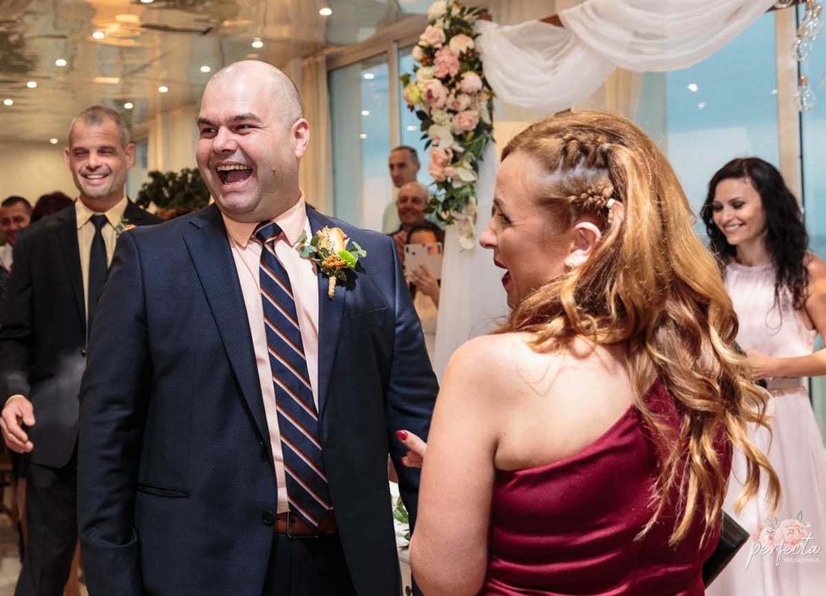 """морската сватба на - Радослава и Живко в Крайморие, Бургас. морска сватба, сватба на морето, сватба край брега, сватба бургас, сватба сарафово, изнесен ритуал, водещ на сватба, рустик украса, украса сватба. Сватбена агенция """"Перфекта"""" Бургас - От А до Я за вашата сватба, Декорация, Изнесен сватбен ритуал с наш водещ, Координация в сватбения ви ден"""