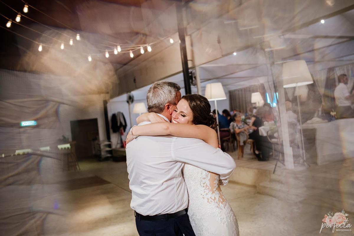 """Сватба на морето на Павлина и Асен. морска сватба, сватба на морето, сватба край брега, сватба бургас, сватба крайморие, изнесен ритуал, водещ на сватба, украса сватба. Сватбена агенция """"Перфекта"""" Бургас"""