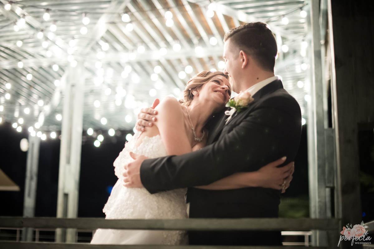"""морската сватба на Станислава и Росен в Сарафово, Бургас. морска сватба, сватба на морето, сватба край брега, сватба бургас, сватба сарафово, изнесен ритуал, водещ на сватба, украса сватба. Сватбена агенция """"Перфекта"""" Бургас - От А до Я за вашата сватба, Декорация, Изнесен сватбен ритуал с наш водещ, Координация в сватбения ви ден"""