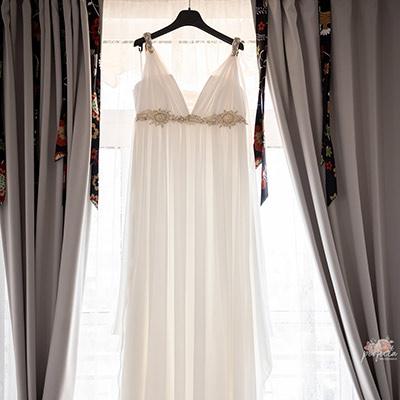 Бихте ли прежалили сватбената си рокля? Всяка бъдеща булка вероятно ще ви каже, че сватбената рокля е едно от най-важните неща в големия ден.