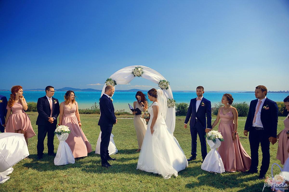 Изнесени ритуали на брега, ритуал на плажа, ритуал на морето, сватби Бургас, сватби Черноморие, 2020